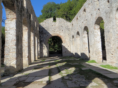 This structure is known as the Great Basilica.  It is one of the best-preserved basilicas in the region.   In the early 6th century, Butrint became a bishopric and that is when this church was built.