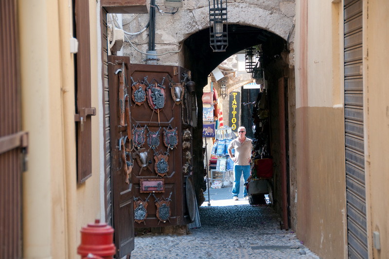 Alleyway in Old Town shopping area
