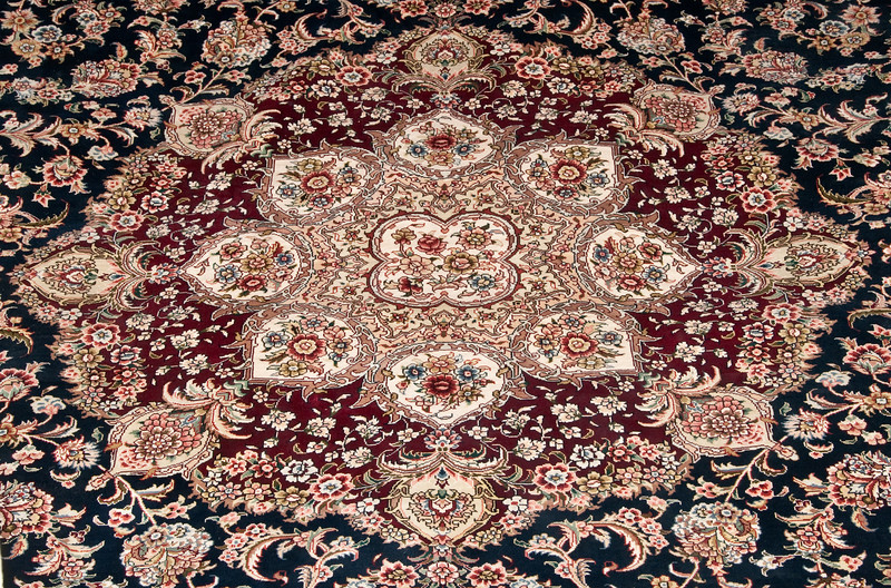 Rug Store - Interesting beautiful Turkish rugs