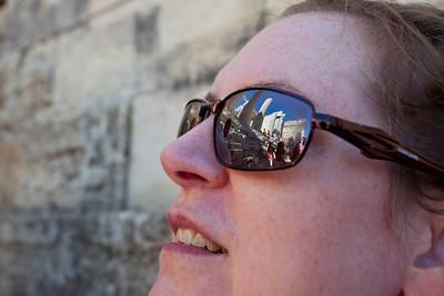 The ruins in Linda's sunglasses.
