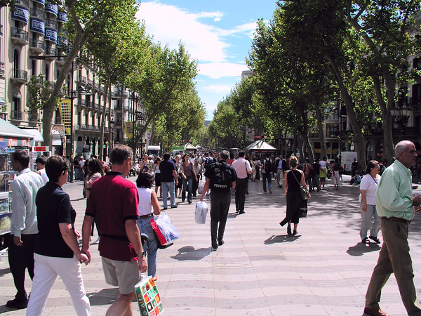 Las Ramblas is a busy praminade. It is always full of people.