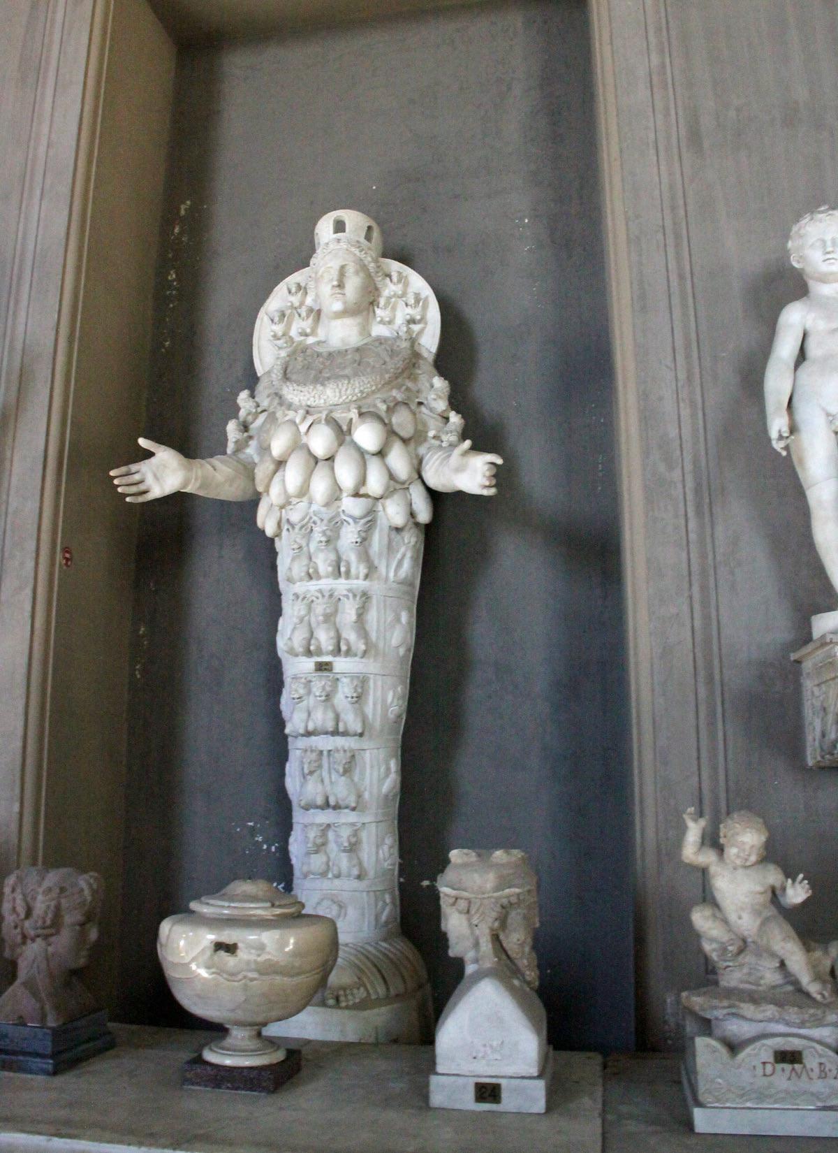 Vatican Museum -Statue