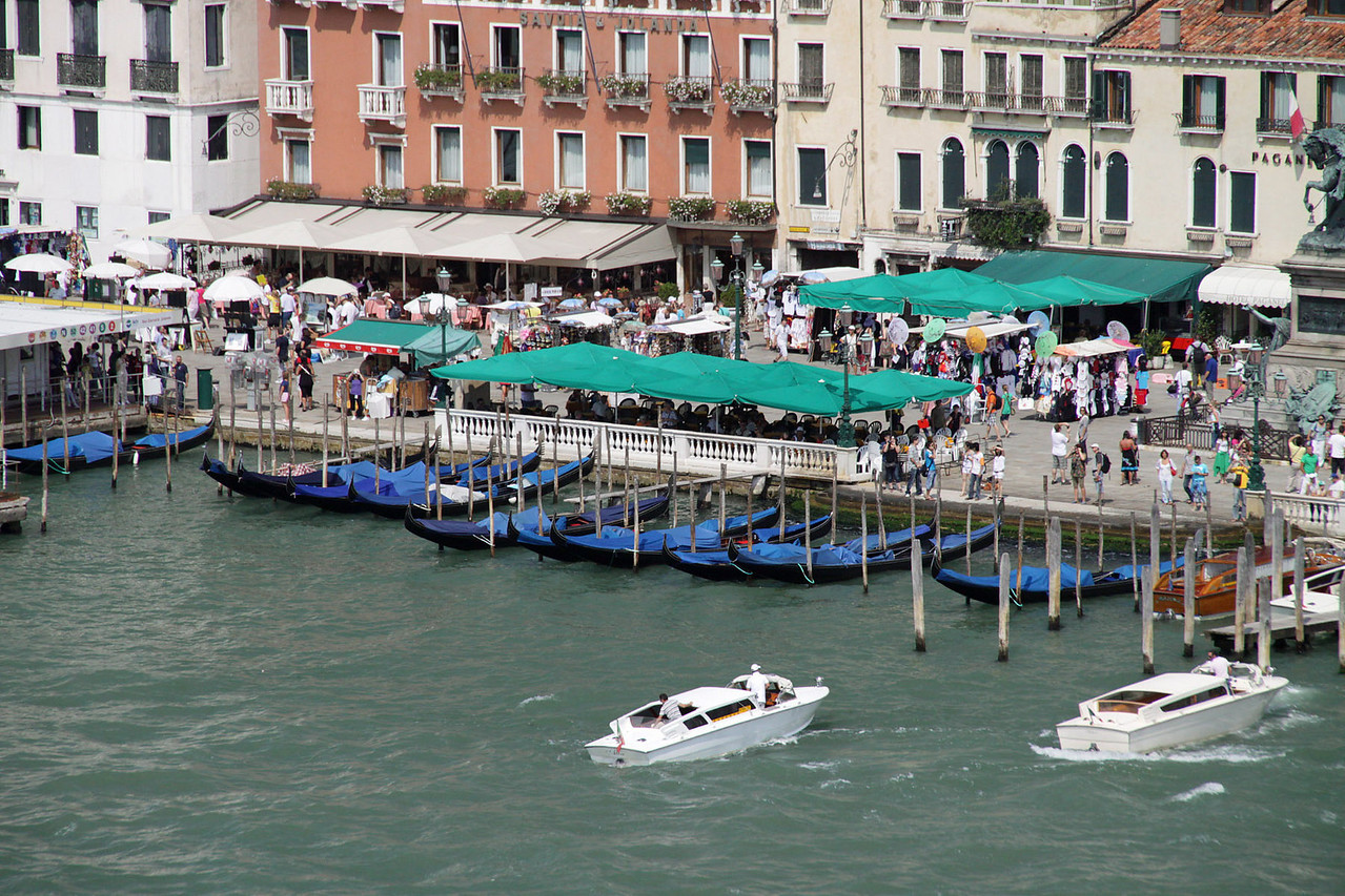 Water Taxis & Gondolas