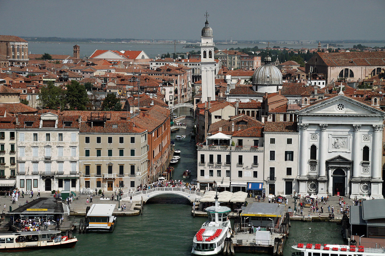 Bridges over Smaller Canals