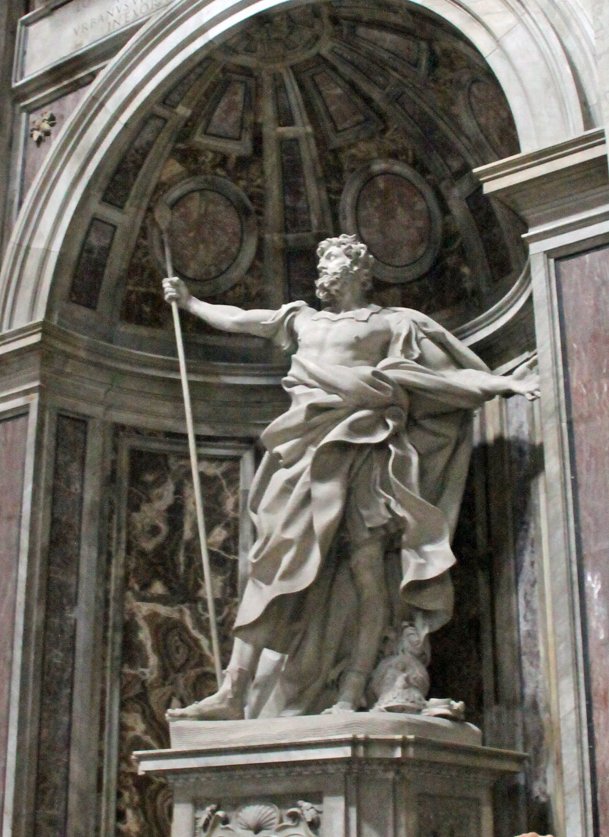 St. Peter's Basilica - Statue