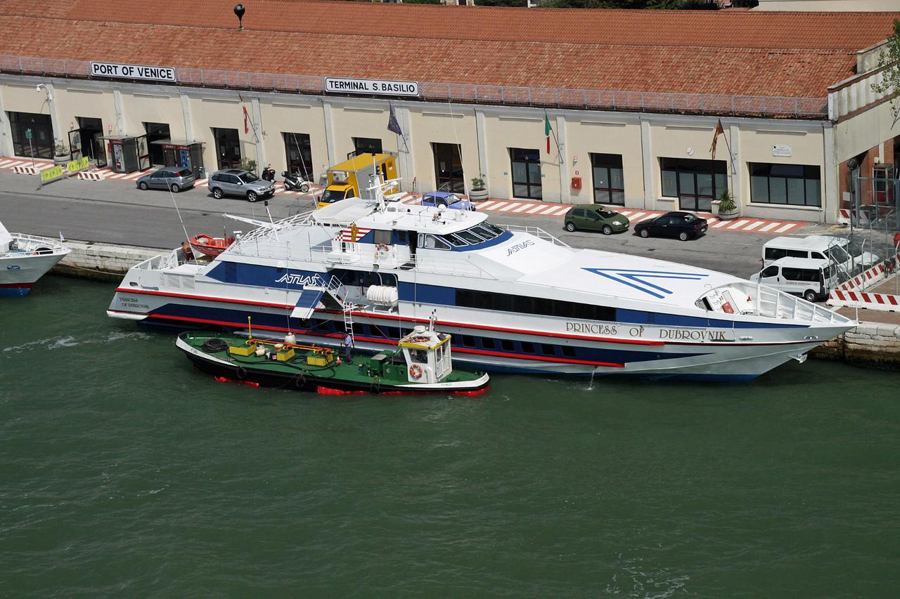 Large Yacht Dock
