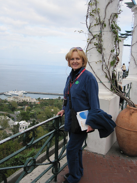 Moi - what a lovely view over the Mediterranean!