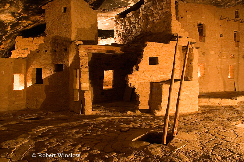 Winter, Spruce Tree House, Ancestral Pueblo Dwelling, Mesa Verde National Park, Colorado, USA, World Cultural Heritage Site, Night time illumination to celebrate the 100th Anniversary, Holiday Open House and Centennial Kickoff Celebration, December 8, 2005