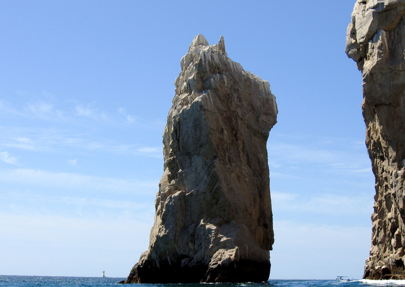 """Boat tour of """"los archos"""" at Cabo San Lucas -- """"the dog"""" or """"Scooby Do"""""""