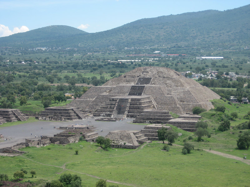 Temple of the Moon and other structures in the Avenue of the Dead (150 BCE-250 CE) photographed from atop the Temple of the Sun at Teotihuacán