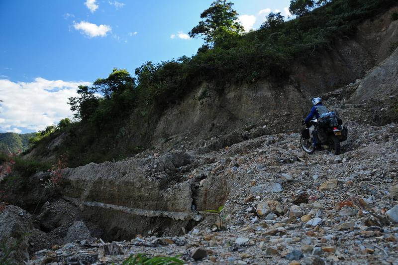 3rd 'Stopper' on the 'Road to Nowhere',  Sierra Madre de Oaxaca (?)