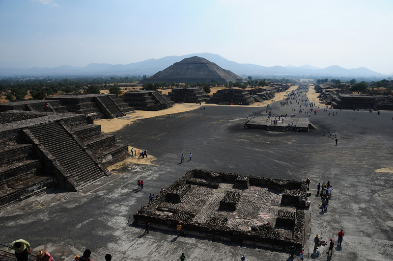 Avenue of the Dead and the Temple of the Sun,  Teotihuacan