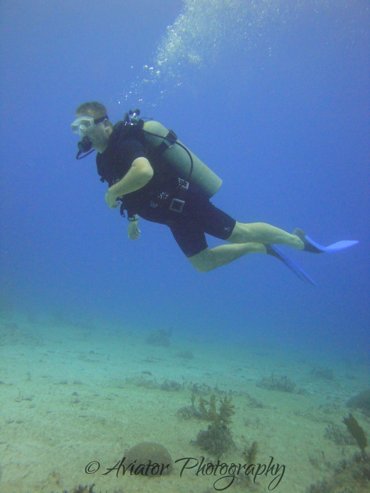Me sorting out my bouyancy and checking out the scenery.<br /> <br /> Photos courtesy of Gaby from Scuba Aquatic.