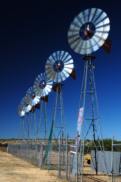 Wind pump seller