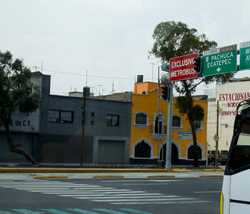 #bus #transit #mexicocityBRT lanes in Mexico City