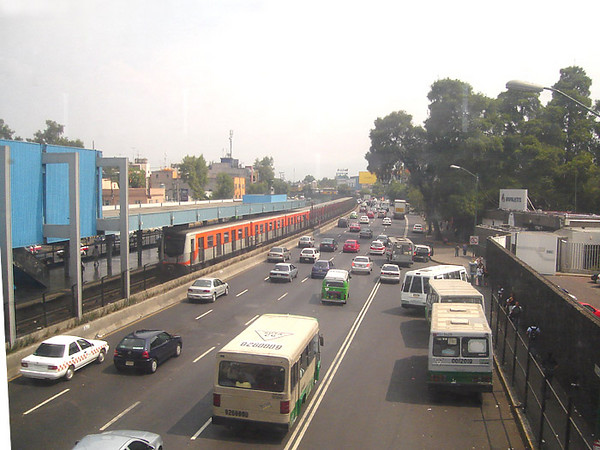View from the General Anayo metro station in Coyoacan.  The line is elevated at this point.