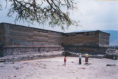 Mitla01