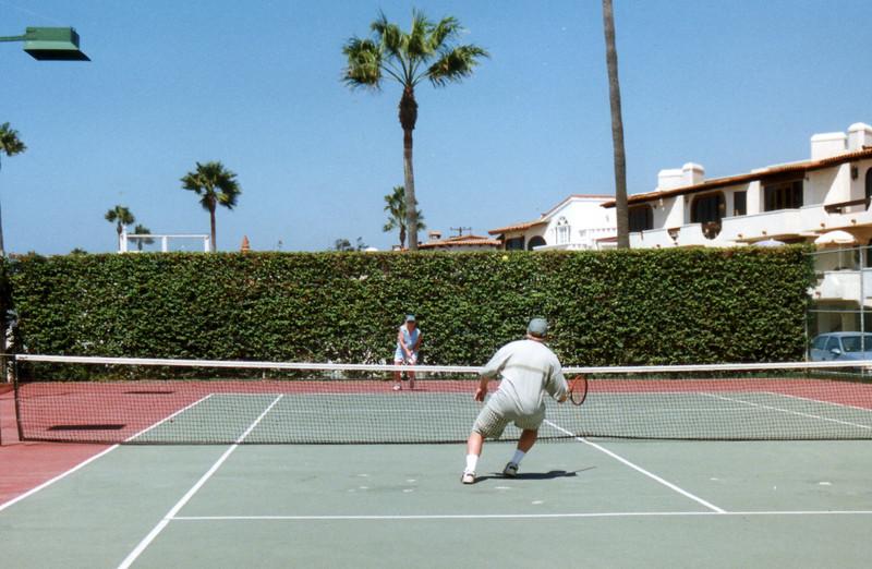 LG98-Tennis Ron and Lisa