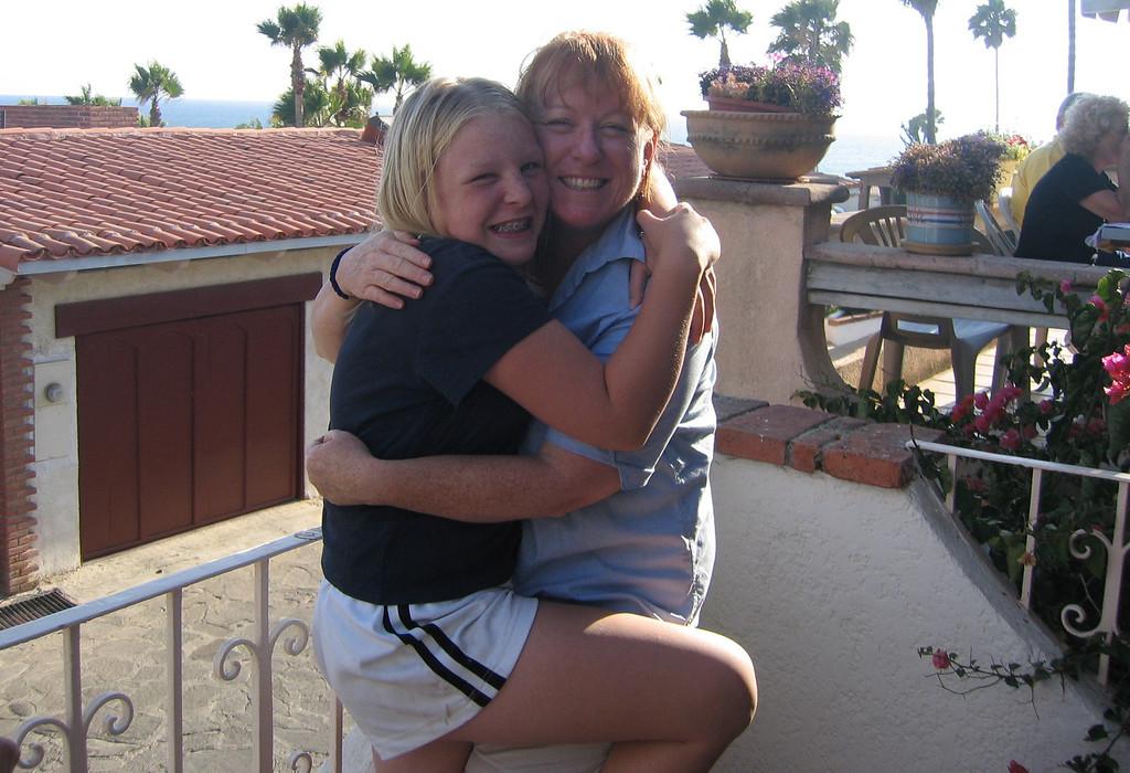 Mexico 2004 Sarah & Sharon A