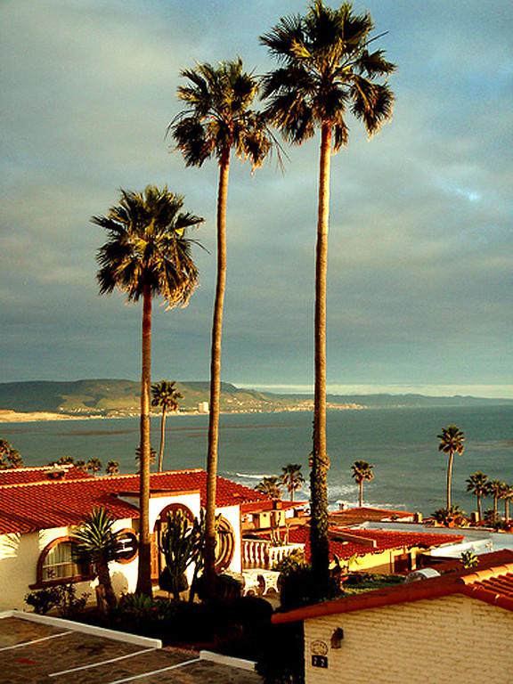 Las Gaviotas View South