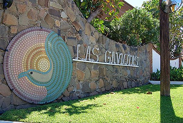 Las Gaviotas Entrance