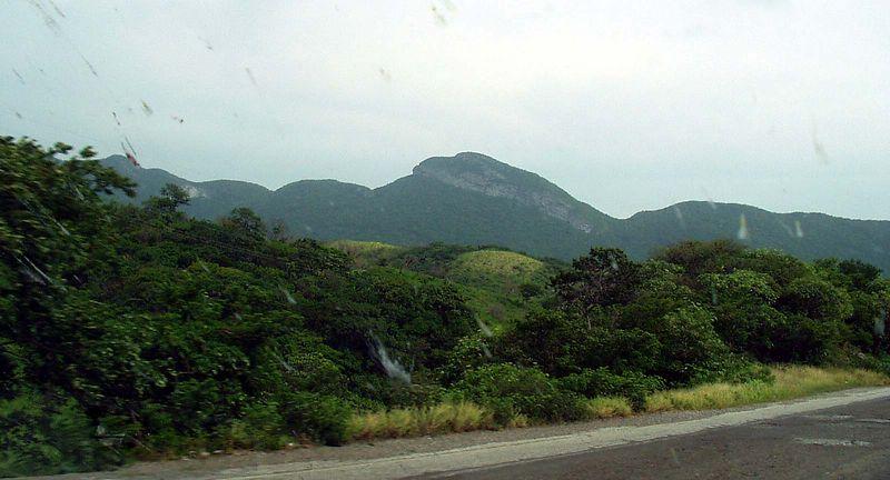 Trans el Isthmo de Tehuantepec de Veracruz a Oaxaca. Finalmente, se puede ver las Montañas de las Chimalapas.