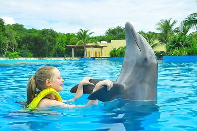 Emma Mexico USA Trip October 2013 Dolphinaris