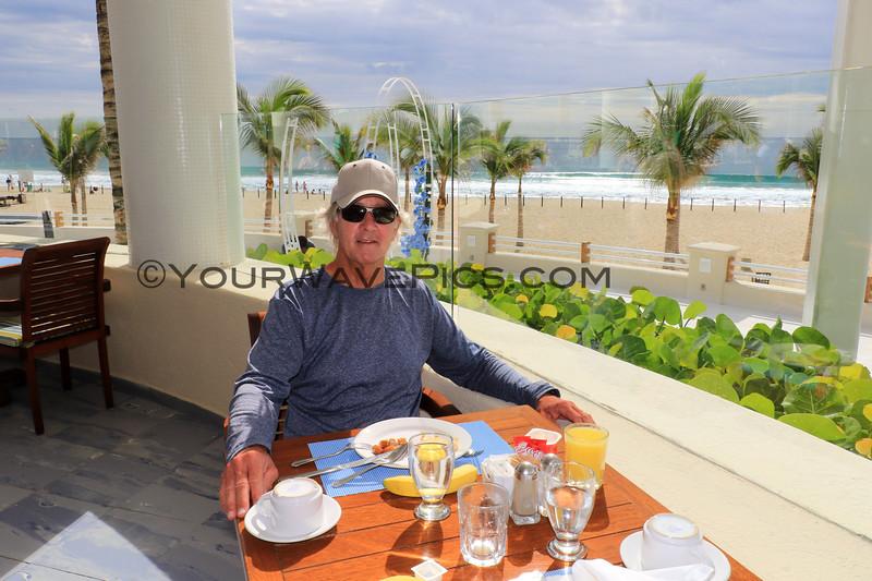 2019-11-16_351_San Jose_Barcelo Hotel_Tony Breakfast.JPG