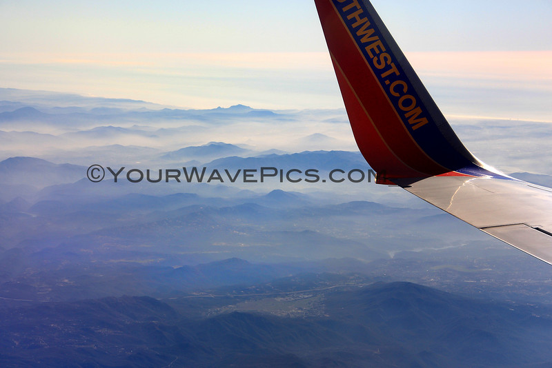 2016-01-29_Flying over Baja_Misty mountains_9944.JPG