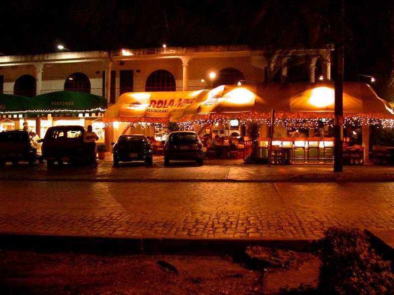 2 Cancun City23