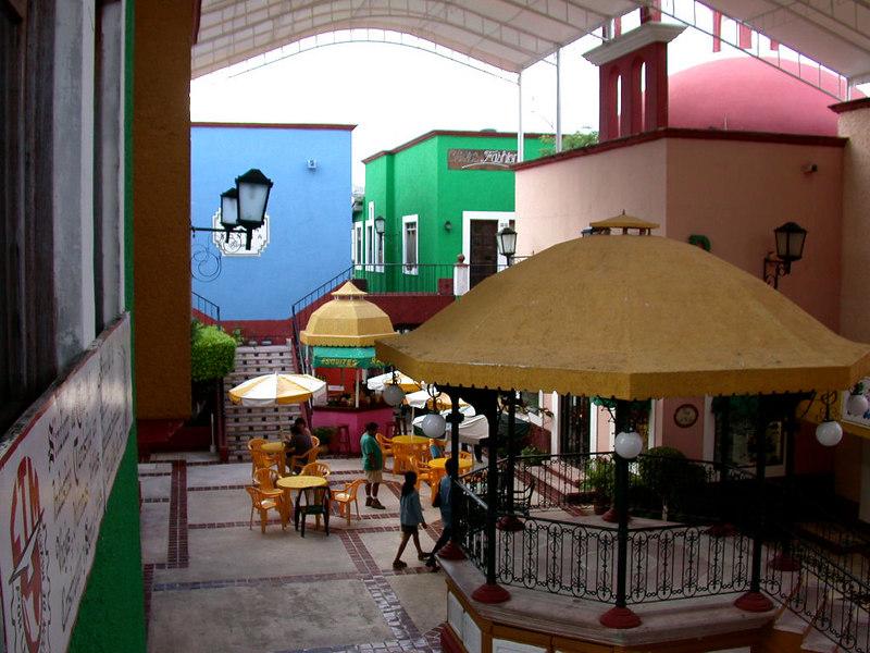 2 Cancun City09