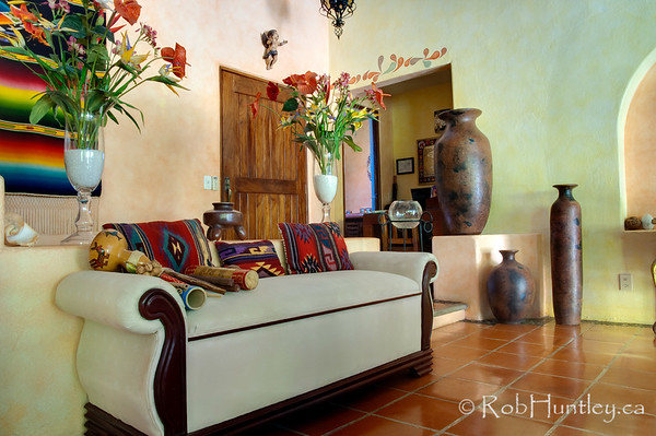 Entranceway at Casa Candiles, Ixtapa, Mexico © Rob Huntley