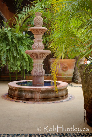 Fountain and planters in the back patio area at Casa Candiles, Ixtapa, Mexico © Rob Huntley
