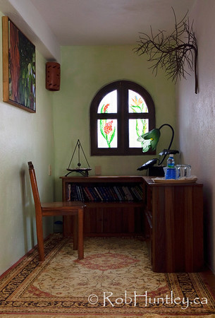 Nook and desk in ground floor guest room at Casa Candiles, Ixtapa, Mexico © Rob Huntley