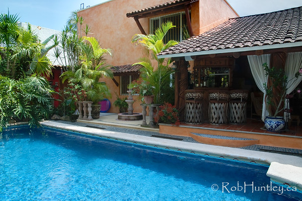 The bar, bedrooms and pool at Casa Candiles, Ixtapa, Mexico © Rob Huntley