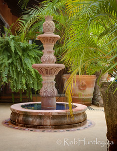Fountain and planters in the back patio area at Casa Candiles, Ixtapa, Mexico CROP OF THE PREVIOUS IMAGE.  © Rob Huntley