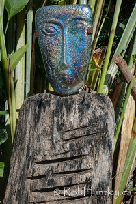 One of several iconic artworks found on the grounds at Casa Candiles, Ixtapa, Mexico. © Rob Huntley