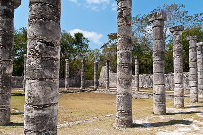 Columns at El Mercado, Chichen Itza