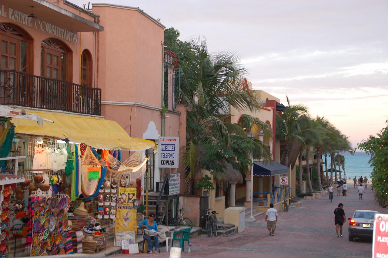 Downtown Playa del Carmen shopping