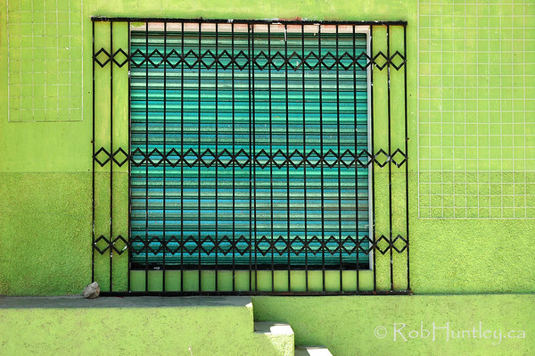 Green Wall and Window in Santa Maria Huatulco, Mexico. © Rob Huntley