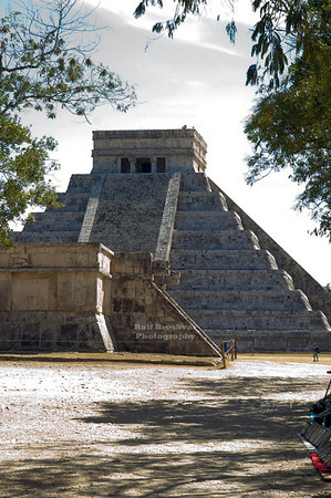 Platform of Venus and Temple of Kukulkan, Chichén Itzá, Yucatán , Mexico, a UNESCO World Heritage Site