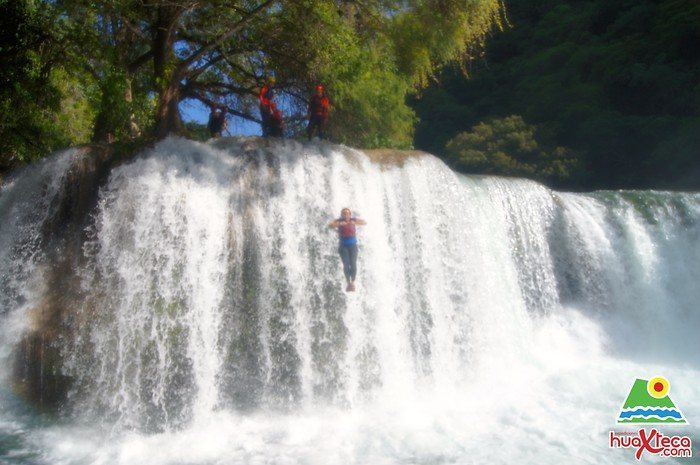 Waterfall jumping in San Luis Potosi