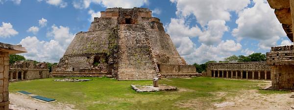 Uxmal. Pyramid of the Dwarf