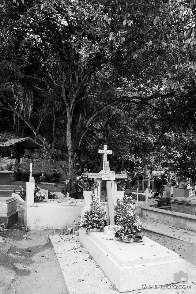 sayulita cemetery