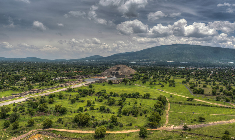 Pyramid of the Moon, Teotihucan