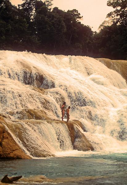 Ocosingo Falls couple soak up some negative ions.