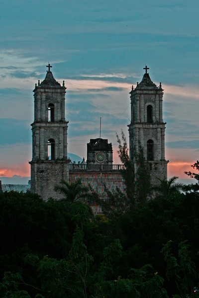 We  spent a night in Vallodolid a very old colonial city about two hours from Cancun.  this is the church.