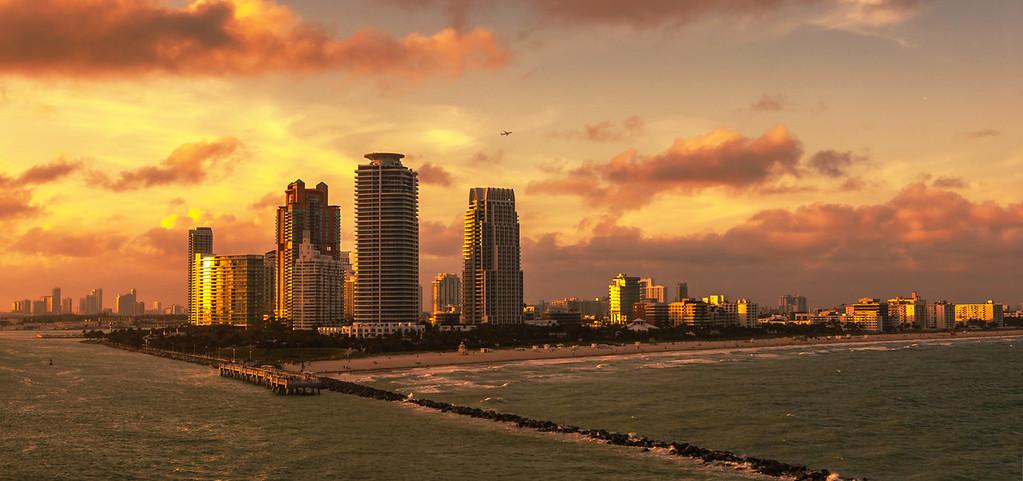 夕陽下的邁阿密港,把我迷住了