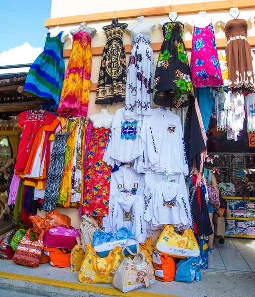 • Location - Cozumel<br /> • Local street vendor
