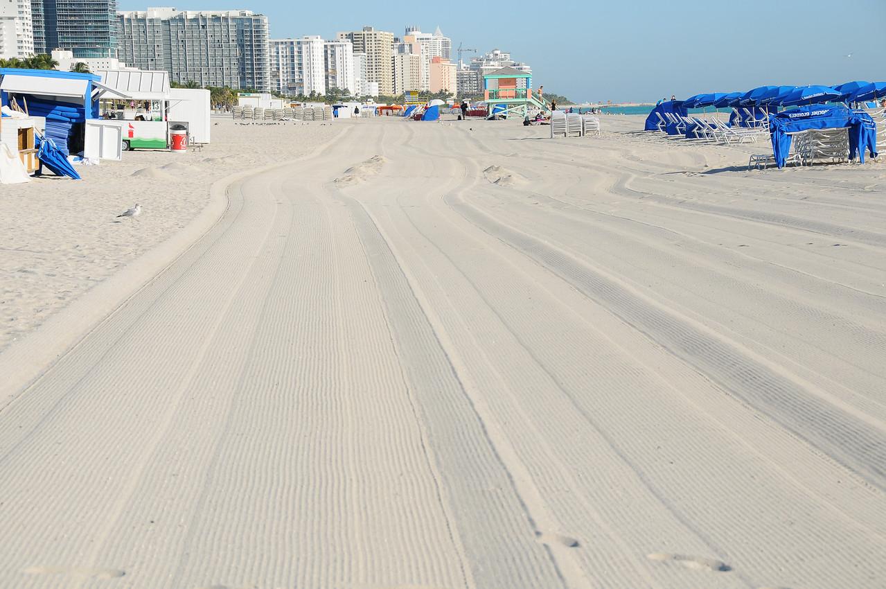 Freshly raked sand, Miami Beach - December 2012